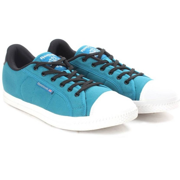 Reebok CLASSIC COURT Men Sneakers
