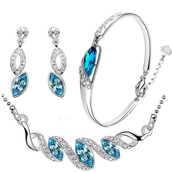 Cyan Pleated Leaf Pendant set and charming bracelet combo for Women